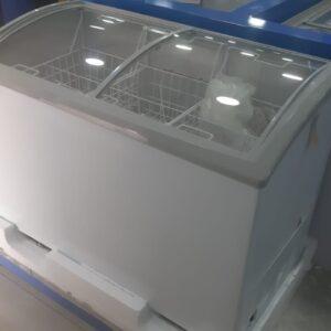 THERMOCOOL ICE CREAM FREEZER 332 R6